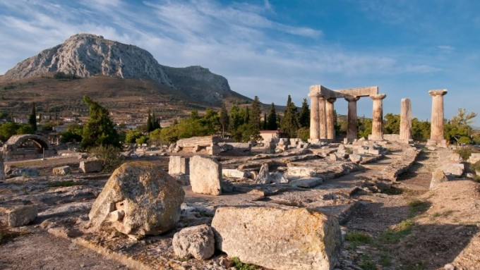 Corinto. Viajes a Grecia Tarannà