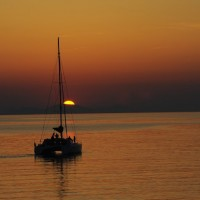Excursión Crucero en Santorini con Lagoon 560