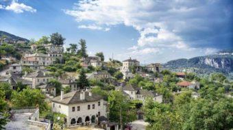 Viaje a Grecia. Zagorochoria y Atenas