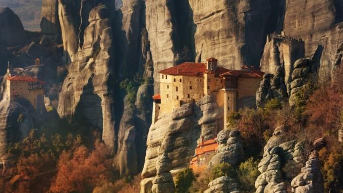 Viaje a Grecia. Fly & Drive. Arachova, Delfos y Meteora con vuelos incluidos