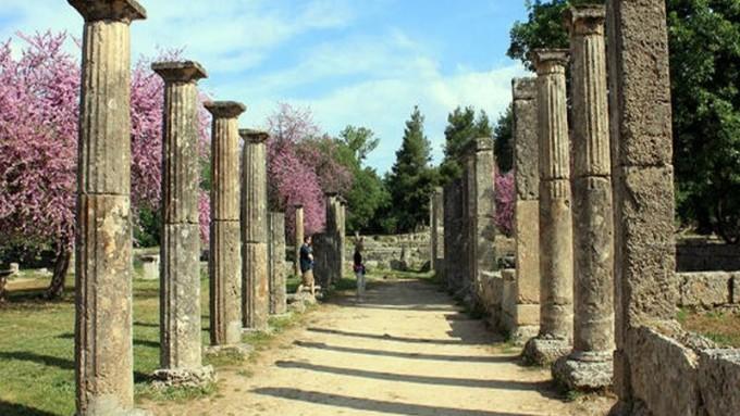 Viaje a Grecia. Fly & Drive. Atenas, Peloponeso, Delfos y Meteora